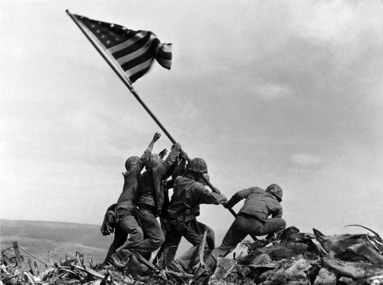 Joe-Rosenthal-Iwo-Jima-23-febbraio-1945