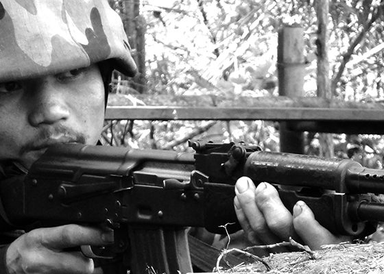 soldato_karen_ in_trincea_bianco-nero