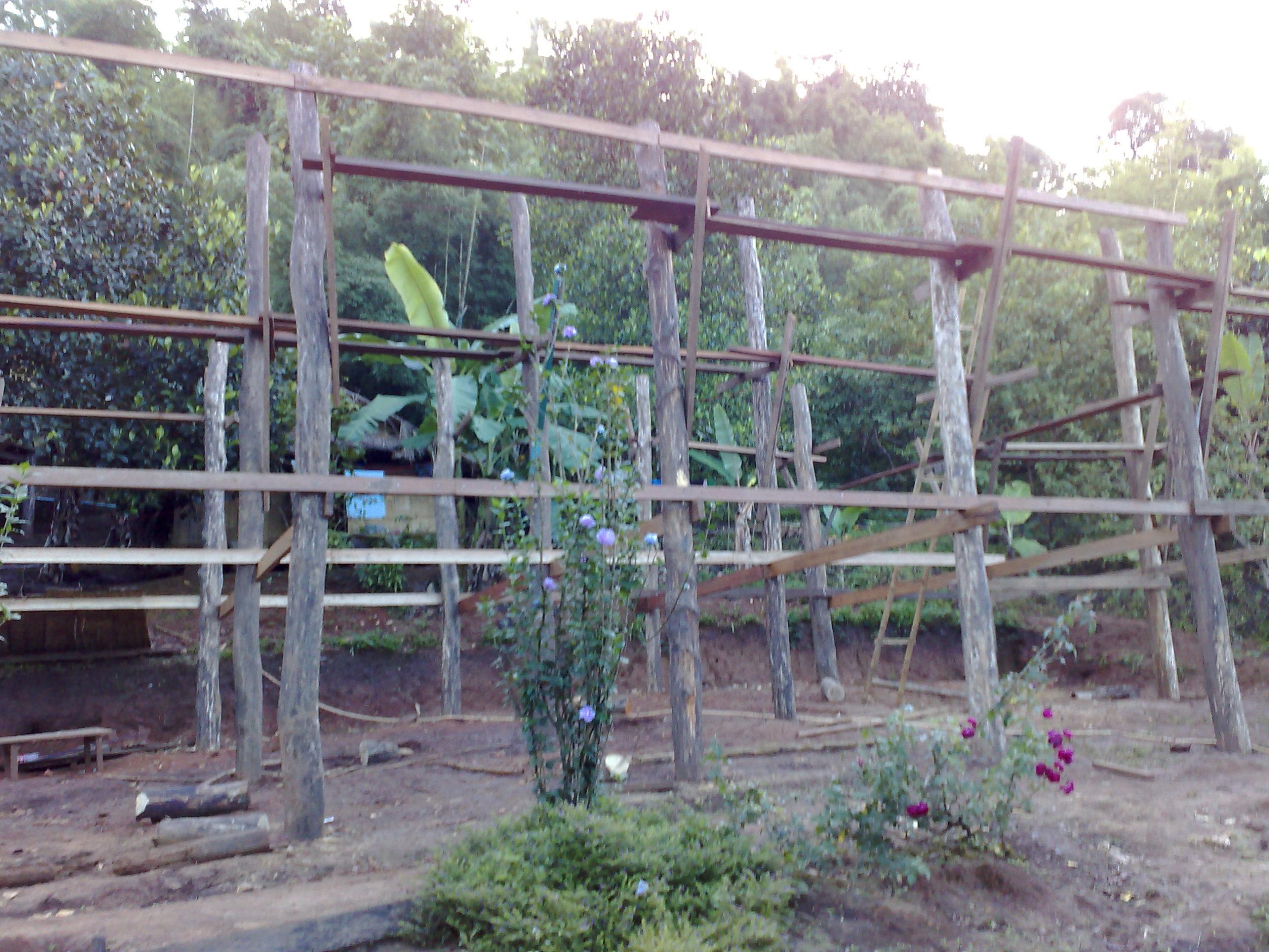 costruzione capanne birmania
